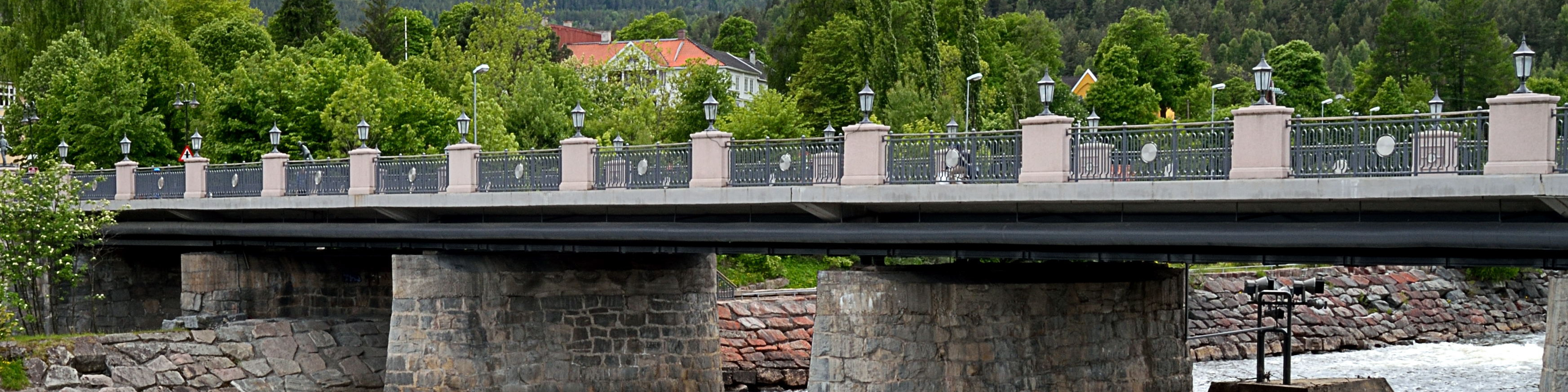 Bridge crossing Lågen in Kongsberg